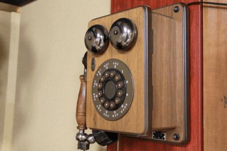 歴史や価値とともに変化する「お値段」──電話料金の変遷